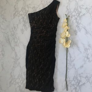 Maggy London black lace one shoulder ruched dress